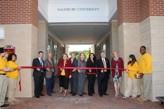 Sea Gull Square ribbon-cutting