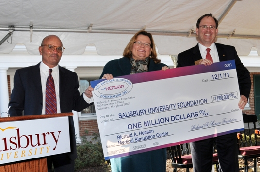 Pictured, from left, are SU Foundation, Inc. Chair Charles Capute, SU President Janet Dudley-Eshbach and Richard A. Henson Foundation, Inc. Chair Jon Sherwell.