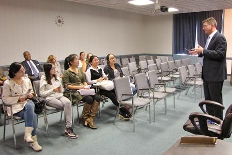 SU students and Mayor Jim Ireton