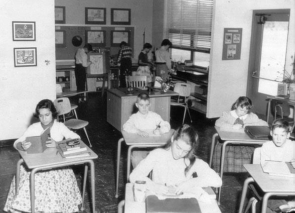 Caruthers Hall Classroom 1950