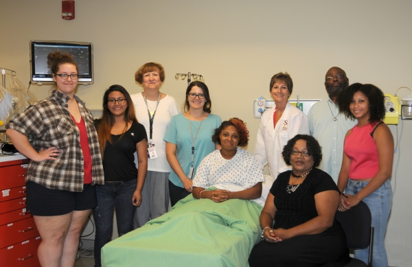 Wicomico DART Students Use SU Simulation Center
