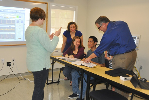 SU Students Test Interdisciplinary Research Project in Simulation Center