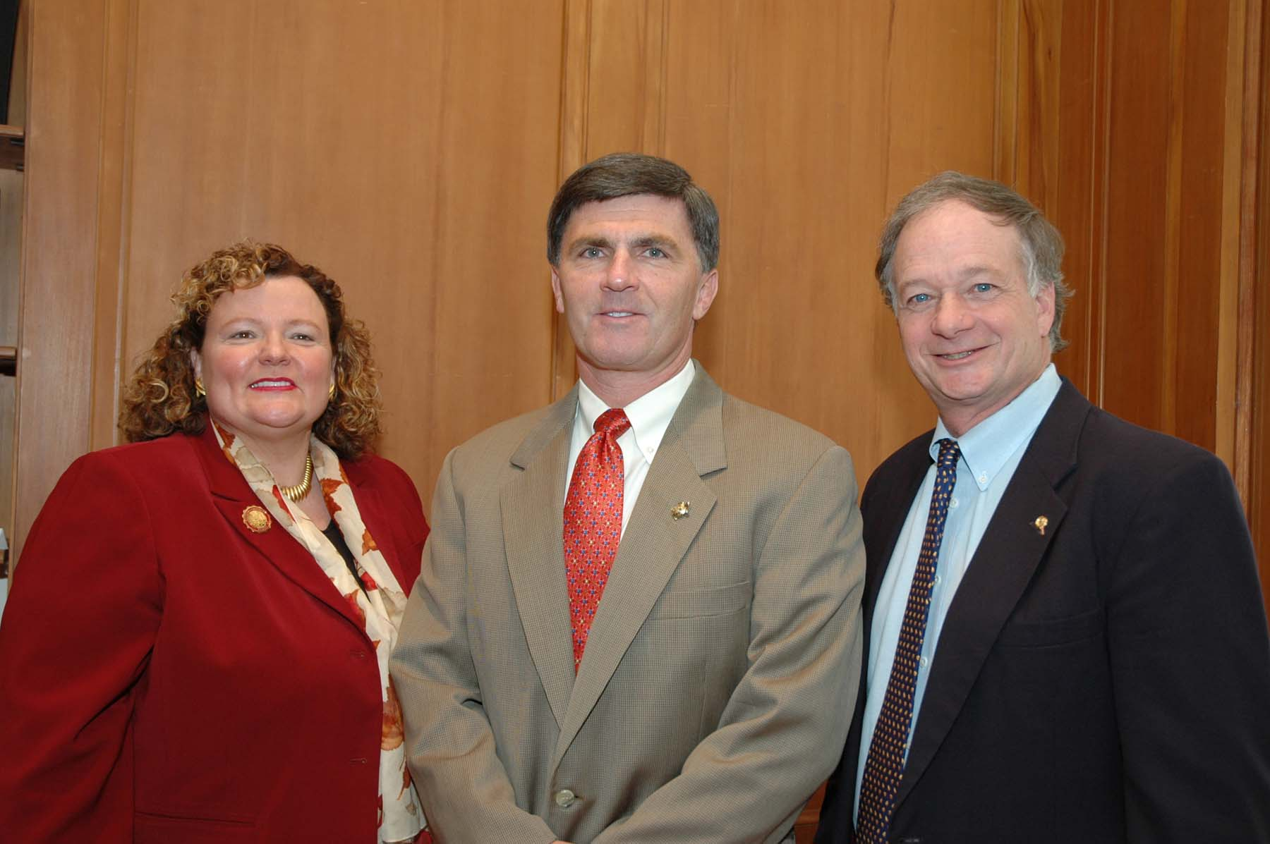SU President Dr. Janet Dudley-Eschbach, Governor Robert L. Ehrlich Jr., and Jim Perdue